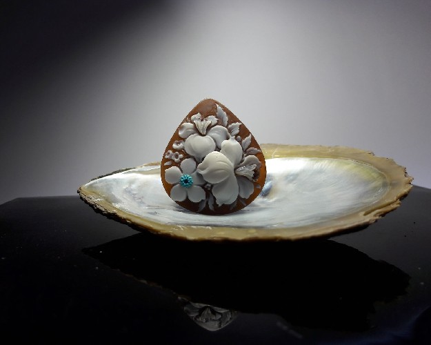 Cameo Flower with turquoise and mother of pearl